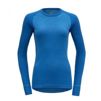 Hiking Woman Shirt Malibu.jpg