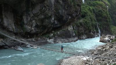 13b) poslední zavěšený most