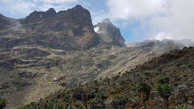 24 africko-alpinské pásmo