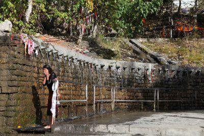 12c 108 očistných pramenů-Muktinath