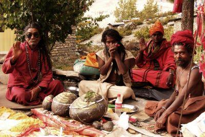 12d Svatí muži- Muktinath