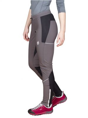Gale 3.0 Lady Pants Iron Gate modelka pohled levy bok