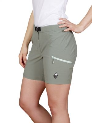 Alba Lady Shorts Laurel Khaki - modelka.jpg