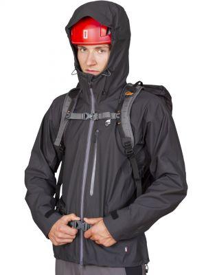 Cliff Jacket black - postava s batohem