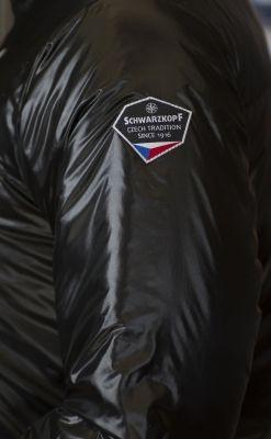 Barier Lady Jacket našivka Schwarzkopf na levém rukávu