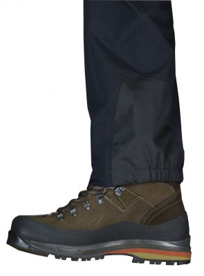 PROTECTOR 4.0 PANTS with trekking shoes